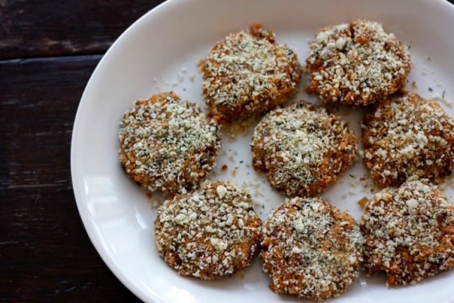 Vegan Baby Bella Mushroom Sliders | #veggieangie