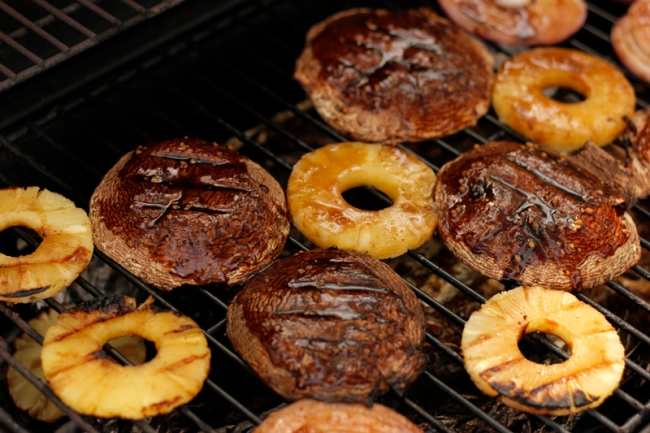 Grilling Mushrooms and Pineapple Slices | #veggieangie