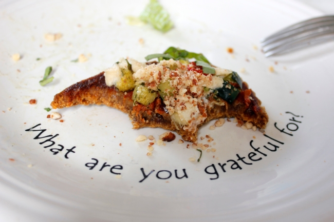 Cafe Gratitude Raw Pizza | #veggieangie