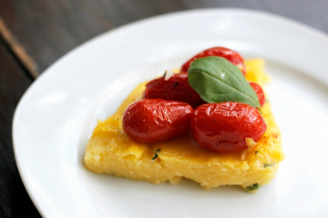 Vegan Polenta Tart with Roasted Cherry Tomatoes | #veggieangie