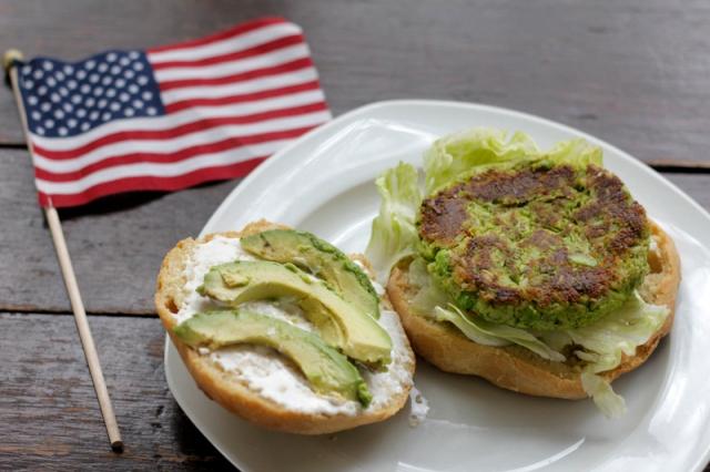 Edamame Veggie Burgers with Homemade Buns #veggieangie #vegan